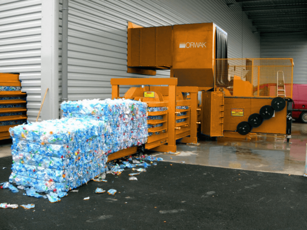 350 horizontal pet bottles